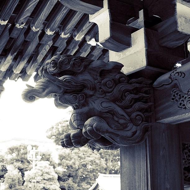 Sculpture of a Shinto shrine / #bw #blackandwhite #monochrome