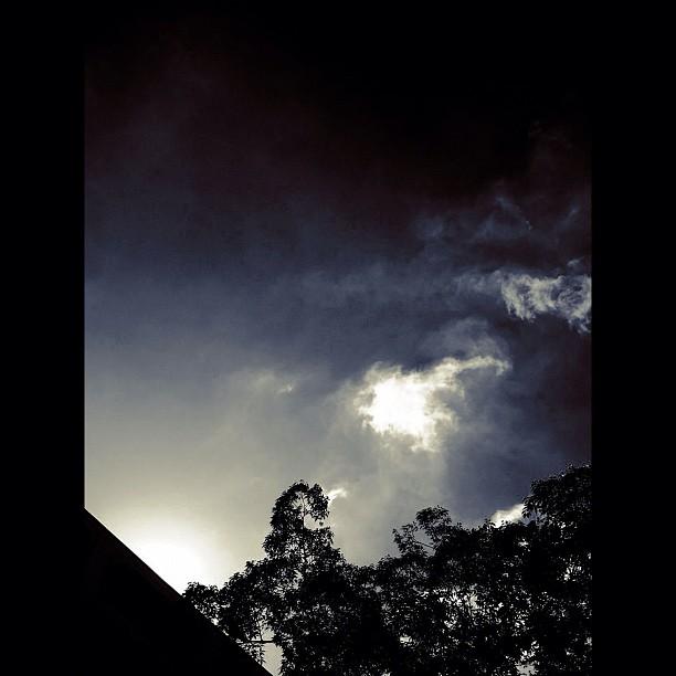 Sky / #sky #cloud #bw#blackwhite#blackandwhite#monochrome
