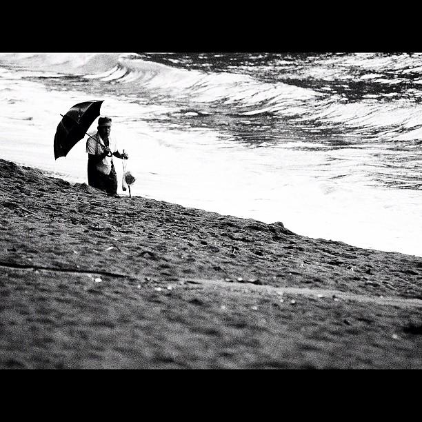 #Oldman roam on the #beach. #bw #blackandwhite #monocrome